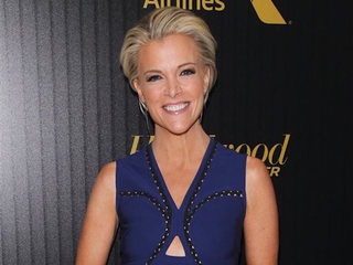 Megyn Kelly claims Trump tried to bribe her
