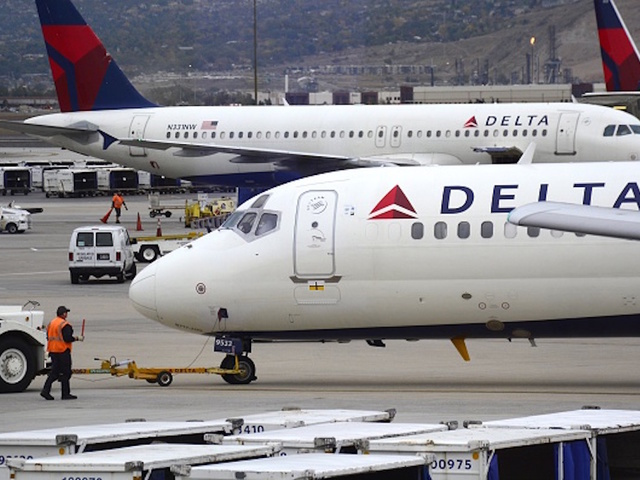 Delta flight mistakenly lands at base in South Dakota
