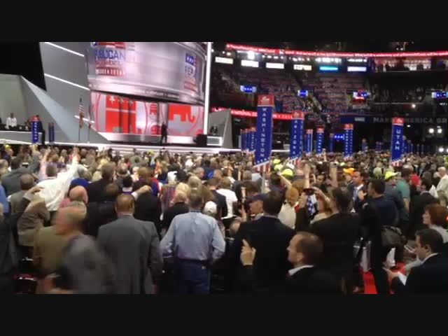 GOP CONVENTION | Trump supporters win floor fight over rules