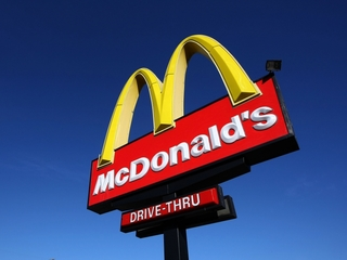 2 customers: Worms found in McDonald's food