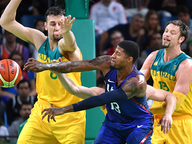 Carmelo powers US NBA stars to subdue stubborn Aussies