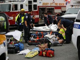 1 killed, nearly 100 injured in NJ train crash