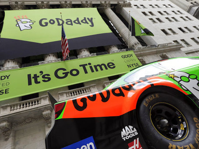 Google and GoDaddy Force Racist Website to Find New Domain