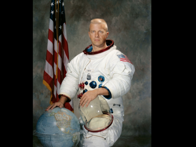 astronauts who died in 2017 - photo #2