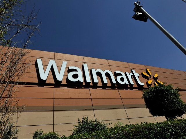Offensive T-shirt which threatened journalists pulled from Walmart