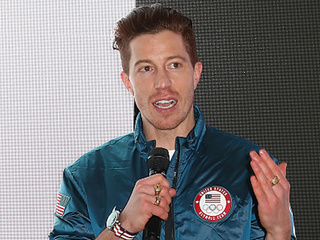 Shaun White apologizes for 'gossip' comment