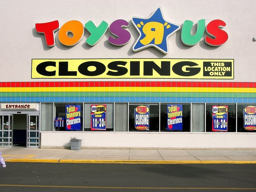Toy Stores Green Bay : Amazon didn t kill toys r us here s what did nbc
