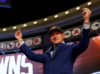 Embattled QB Johnny Manziel to play in Canada
